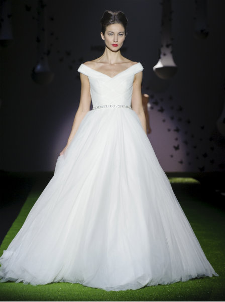 6683d9d8af44 1950s Wedding Dresses: looking for new ideas and inspiration?
