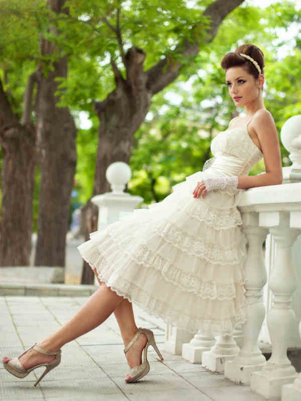 Non traditional wedding dresses looking for the best for Non traditional wedding dresses